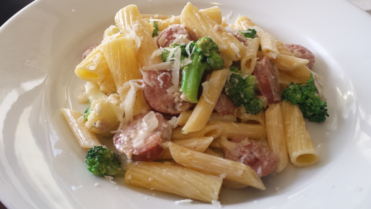 Pasta with Chicken Apple Sausage & Broccoli