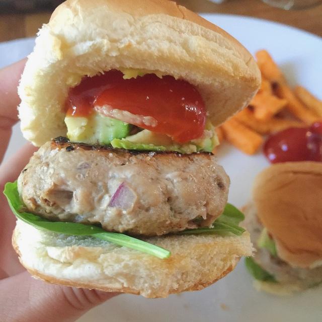 Easy Turkey Burger Sliders