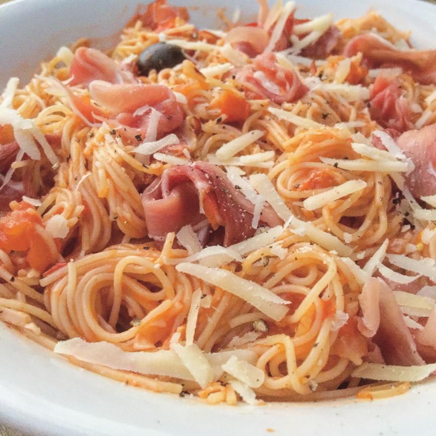 Prosciutto, Tomato & Olive Pasta