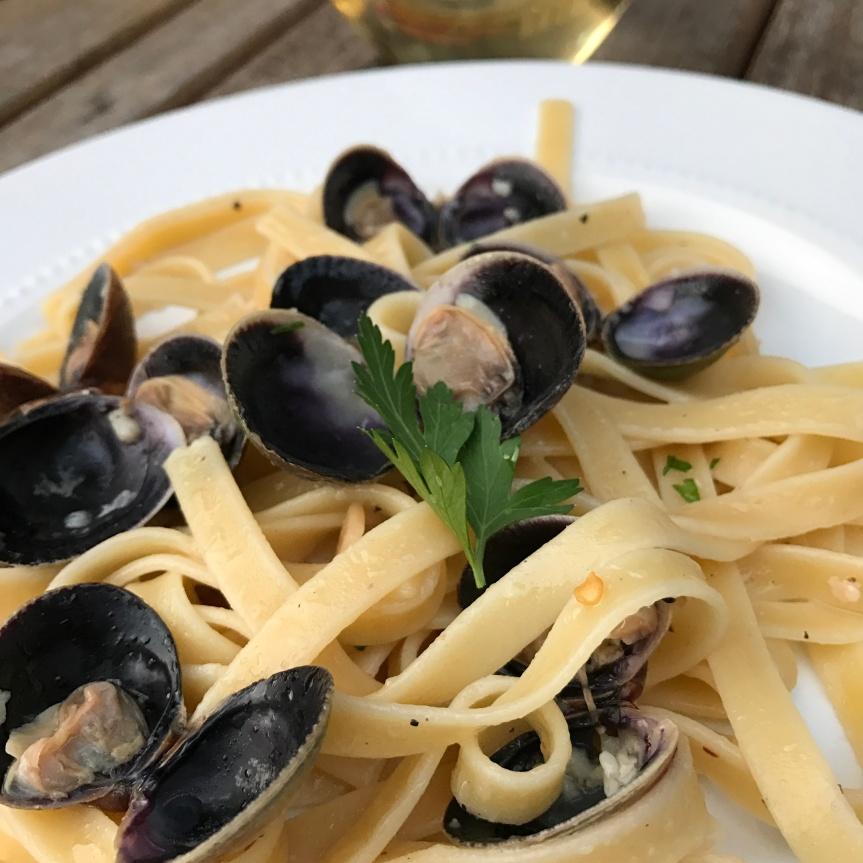 Spicy Clams & Pasta